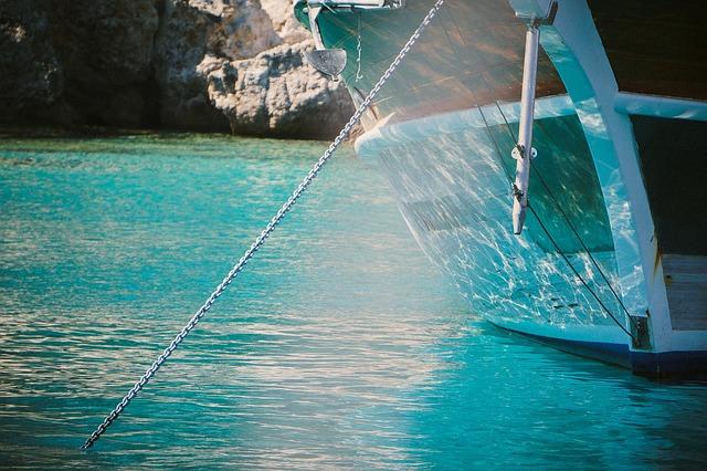 boat-691804_640